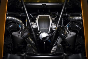 mclaren-unveils-the-630hp-mp4-12c-can-am-gt-8-620x413