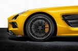 mercedes-benz-reveals-sls-amg-black-series-5-630x419