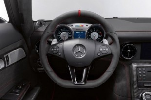 mercedes-benz-reveals-sls-amg-black-series-9-630x419