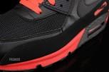 Nike-Air-Max-90-Essential-04-630x422