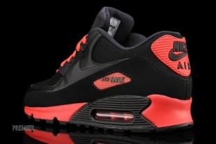 Nike-Air-Max-90-Essential-05-630x422