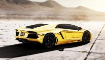 lamborghini-aventador-lp700-4-project-au-79-gold-custom-edition-video-3-570x330