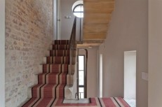 This-Stunning-Water-Tower-was-Converted-into-a-Home-in-London-11-630x419