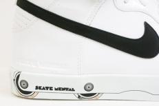 nike-sb-skate-mental-dunk-2