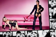 Rihanna-Kate-Moss-Topless-by-Mario-Testino-04-630x421