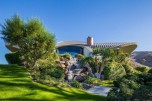 bob-hopes-space-age-palm-springs-home-on-the-market-08-630x419