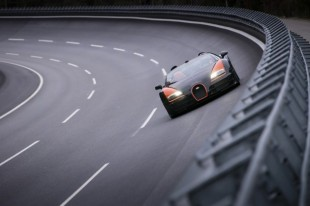 bugatti-veyron-grand-sport-vitesse-sets-world-record-for-fastest-open-top-car-03-630x420