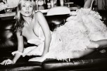 kate-moss-for-vogue-by-mario-testino-05-630x420