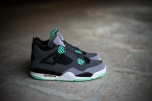 a-closer-look-at-the-air-jordan-4-retro-green-glow-1